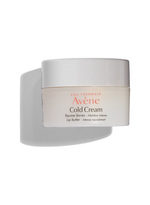 Cold Cream Lip Butter moiturizes and protects dry and damaged lips.